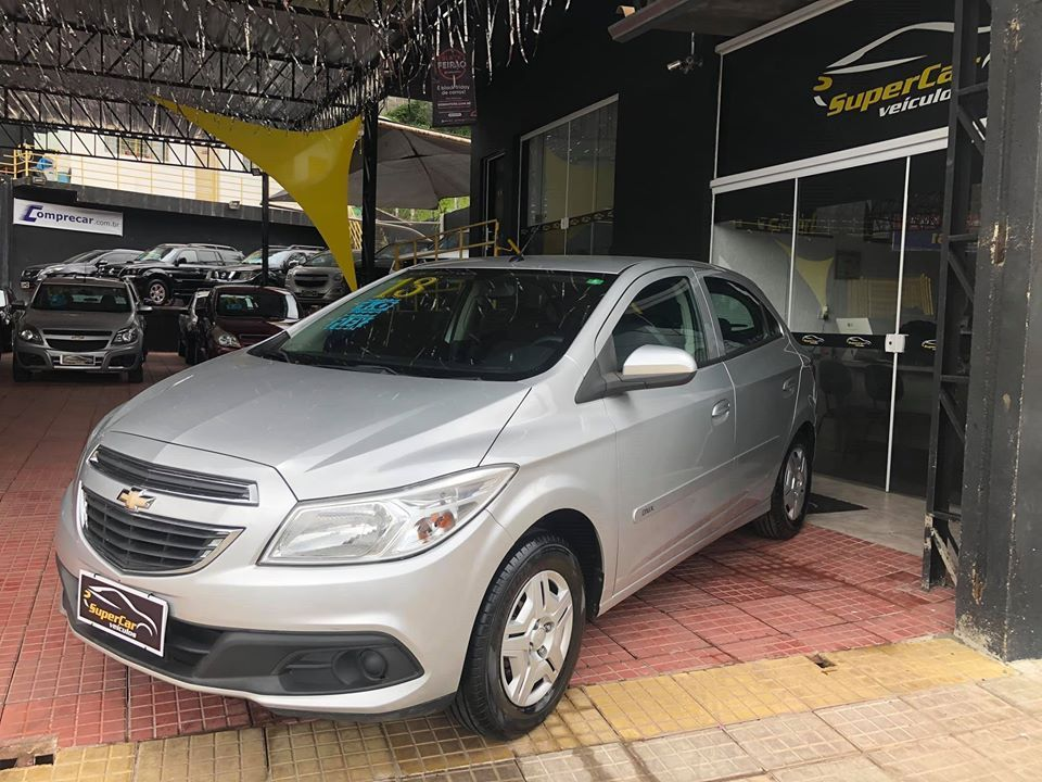Chevrolet Onix 1.0 MPFI LT 8V Flex 4P manual (SUPER CAR VEÍCULOS)
