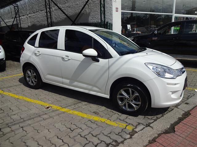 Citroen  C-3 Attraction Pure Tech 1.2 Flex (COLONIAL VEÍCULOS)