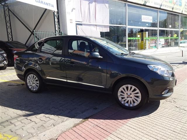 Fiat  Grand Siena Essence 1.6 (COLONIAL VEÍCULOS)