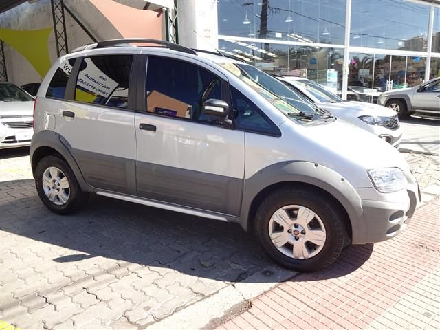 Fiat  Idea Adventure 1.8 Flex (COLONIAL VEÍCULOS)