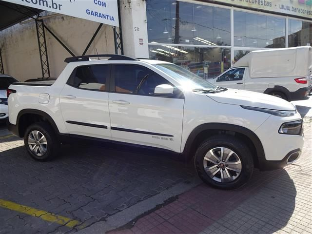 Fiat  Toro Freedom At 1.8 (COLONIAL VEÍCULOS)