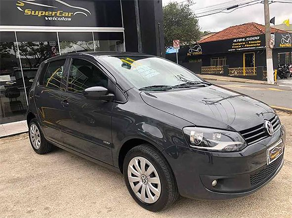 Volkswagem Fox 1.0 MI Trend 8V Flex 4P Manual (SUPER CAR VEÍCULOS)